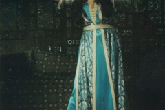 Aisha Ali performing a Moroccan Shikhat dance.