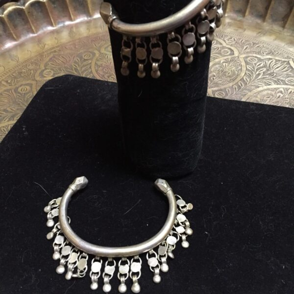 IMG 1207 e1561009215711 600x600 - Jewelry: Antique Egyptian Silver Kohkail (anklets)